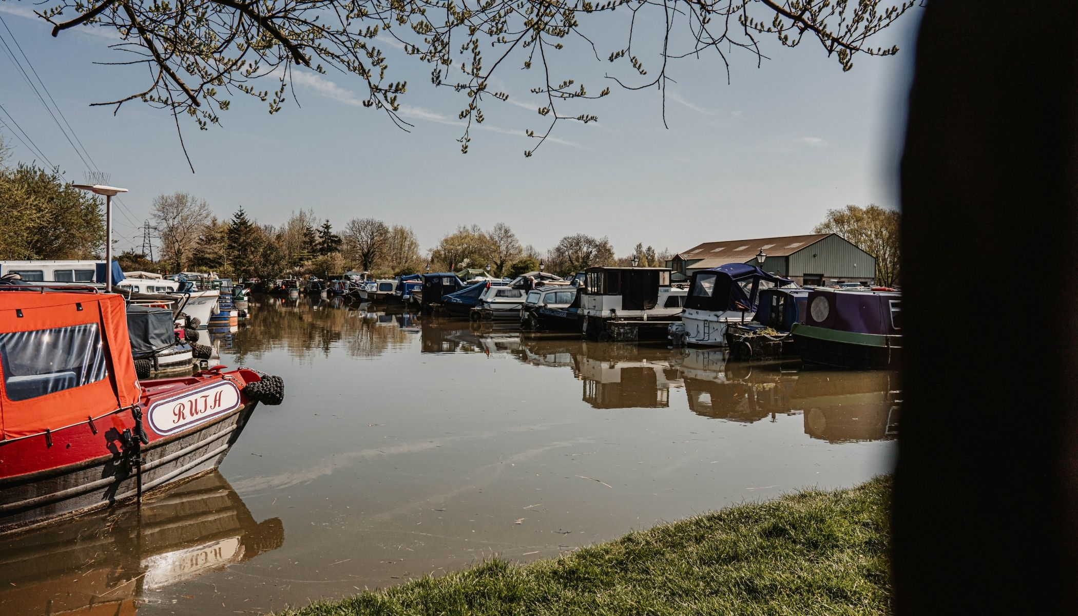 Canal and cycling in Wiltshire