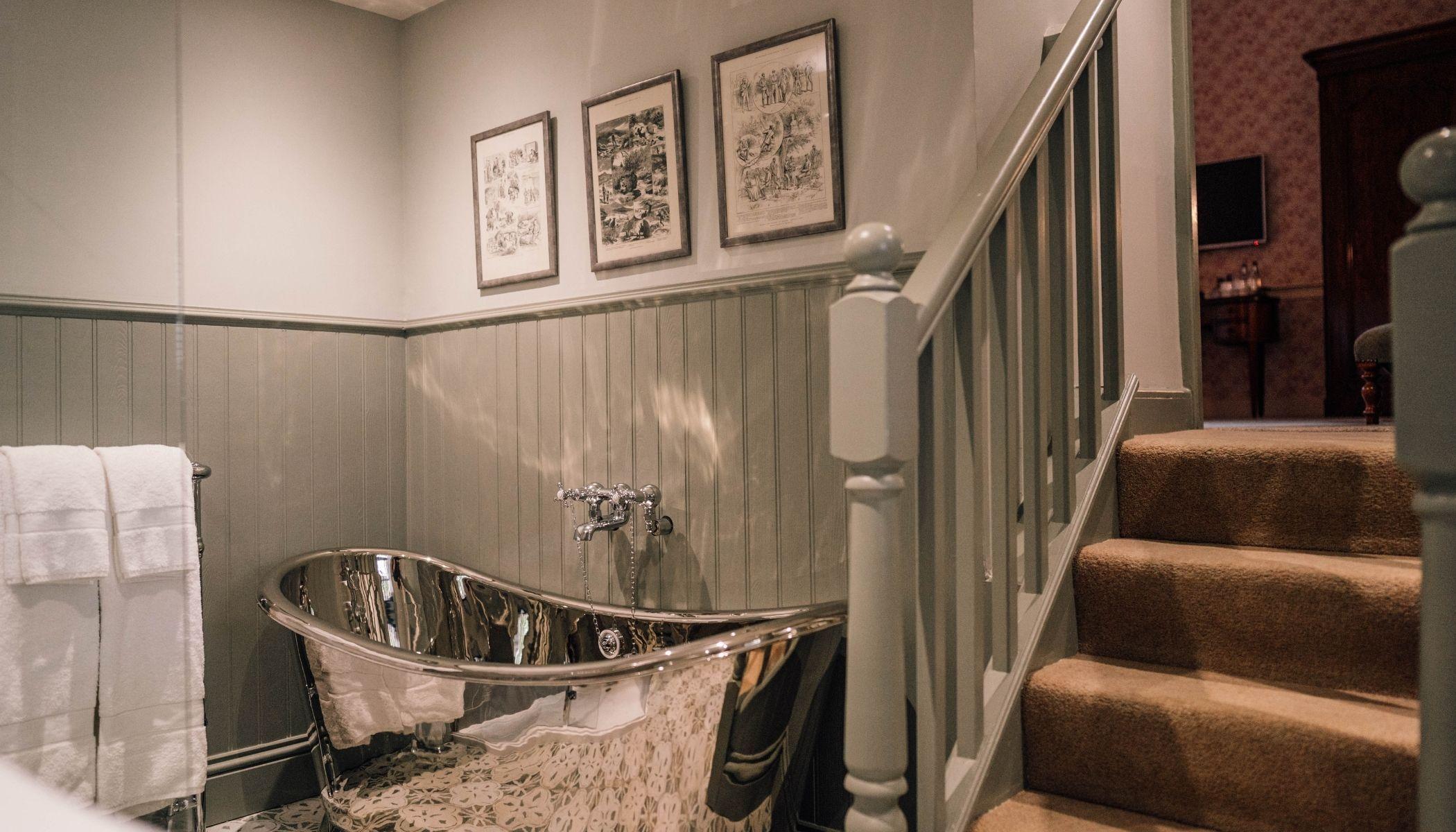 Morven - Roll-Top Bath