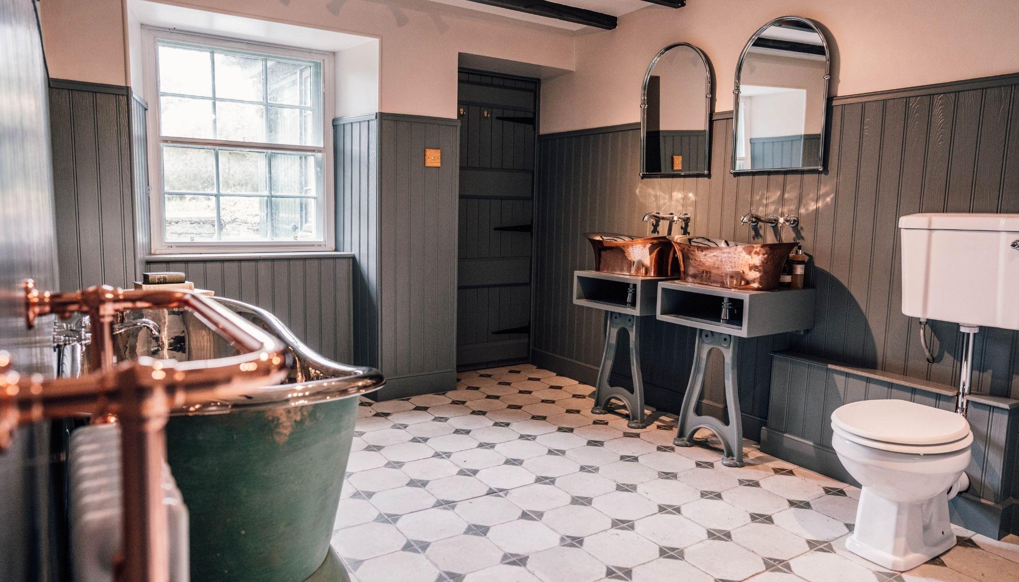 Farmhouse Bathroom - Millers Cottage