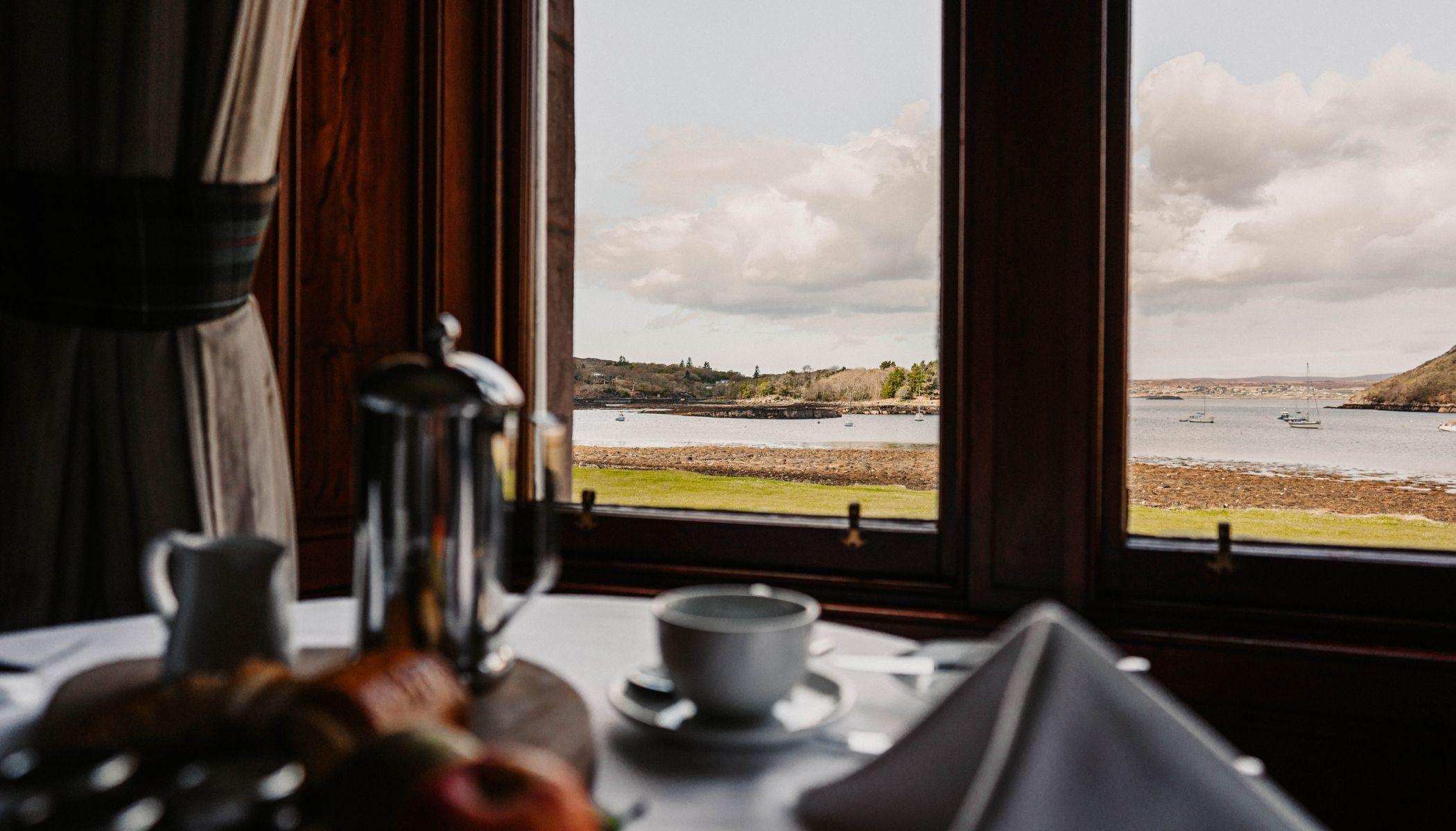 Loch-view restaurant
