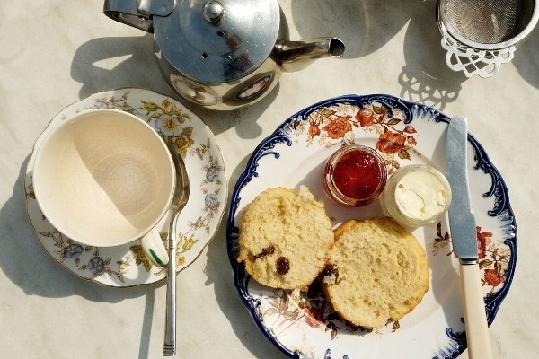 Cream Tea in  the Cotswolds for Four