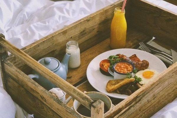 Dinner, Bed & Breakfast